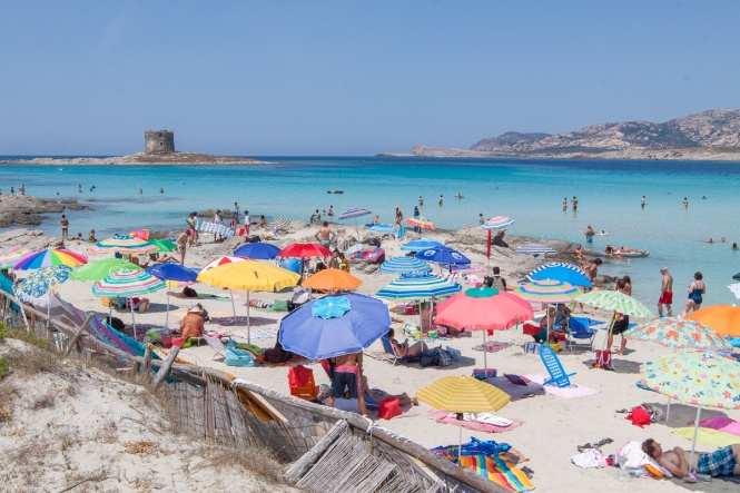 One of the many attractions to the island of Sardinia off the coast of Italy, was the stunning beaches! Check out these top 3 beaches near Alghero | www.eatworktravel - The luxury, adventure couple!